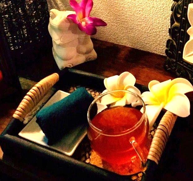 ハーブティー、ジャスミン、ほうじ茶、お好きなお茶をサービス♪